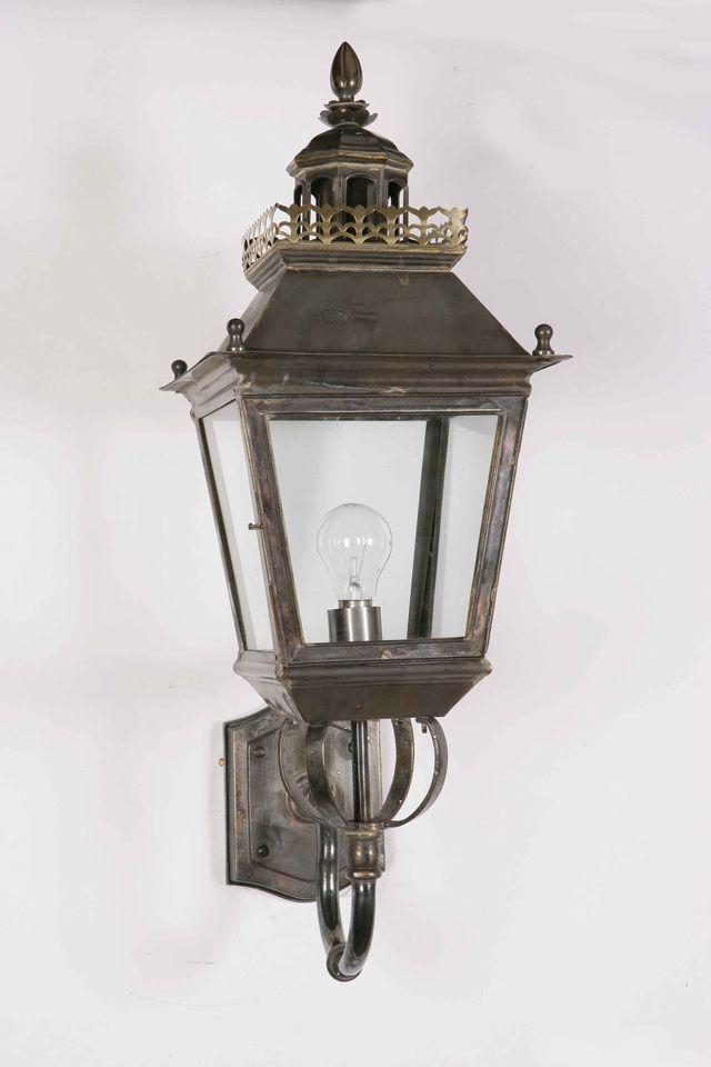 Chateau Wall Lantern