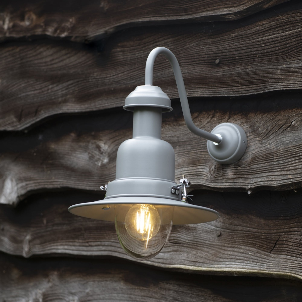 Wall fishing light for Fish house lights
