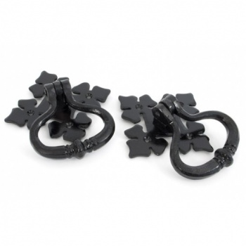 Black Shakespeare Ring Turn Handle Set