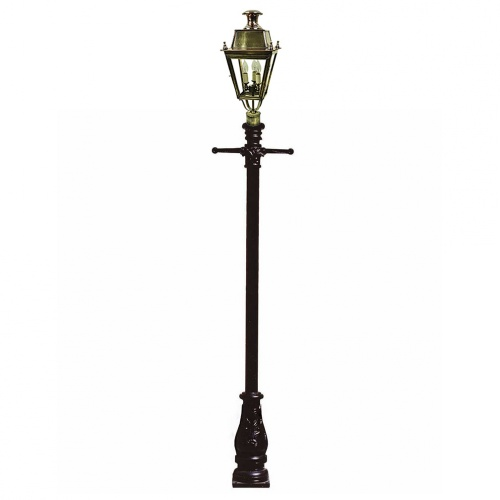 Balmoral 3 Light with 3″ Post Mount