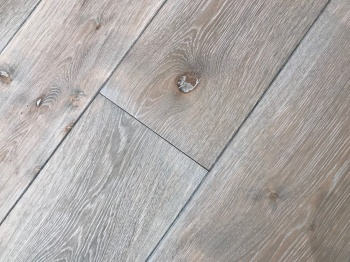 Mountain Ridge Engineered Oak Flooring