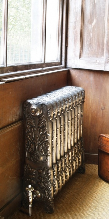 Victorian 6 Column Cast Iron Radiators