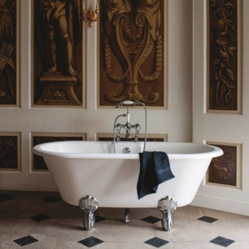 Clearwater Baths - Classico Grande (With Chrome Claw Legs)