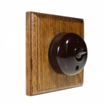 1 Gang Bakelite Switch - Meduim Oak